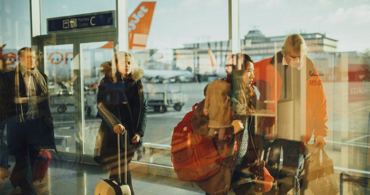 So überbrückst du lange Weile am Flughafen