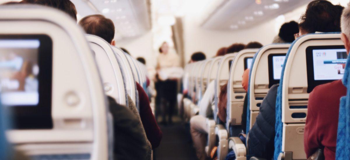So bekommst du Dinge gratis im Flugzeug